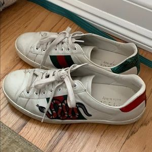 Womens Gucci ace sneakers